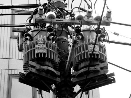 月島の柱上変圧器